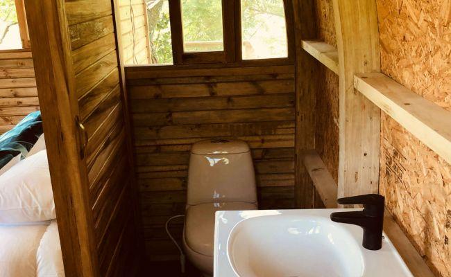 Casa en el Árbol - Baño
