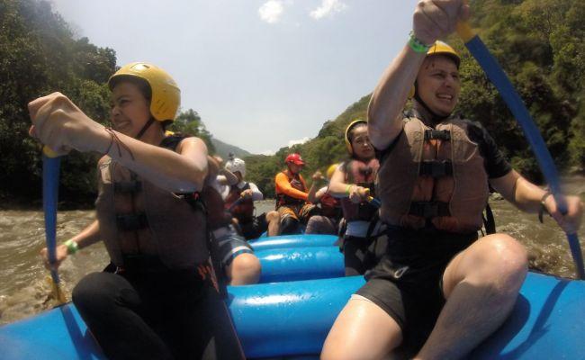 Rafting Tobia.